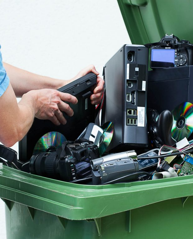 Man Recycling Electronics In Dallas Texas